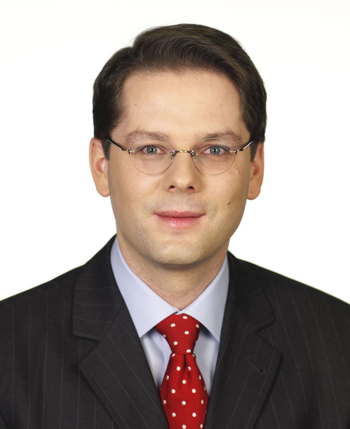Dr. Christian Burholt